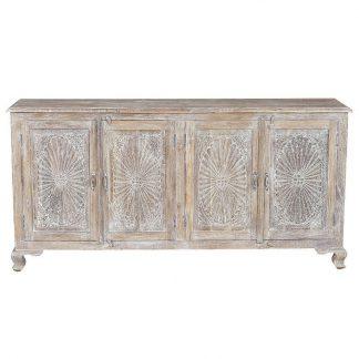 Drewniana komoda rozes w rustykalnym stylu