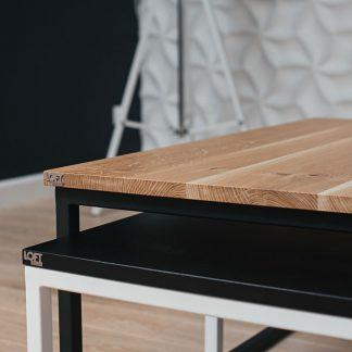 Zestaw drewnianych stolików uomo