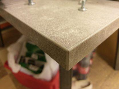 Nowoczesny rozkłądany stół borys na metalowych nogach / 130-250 cm