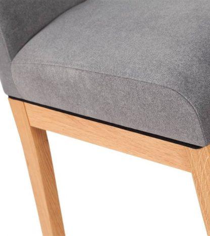 Chiara krzesło dębowe tapicerowane w nowoczesnym stylu