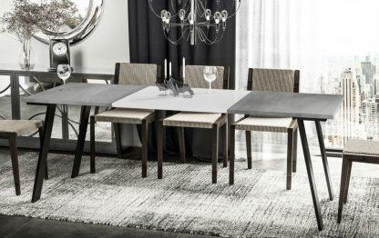 Nowoczesny rozkładany stół liwia / 130-210 cm